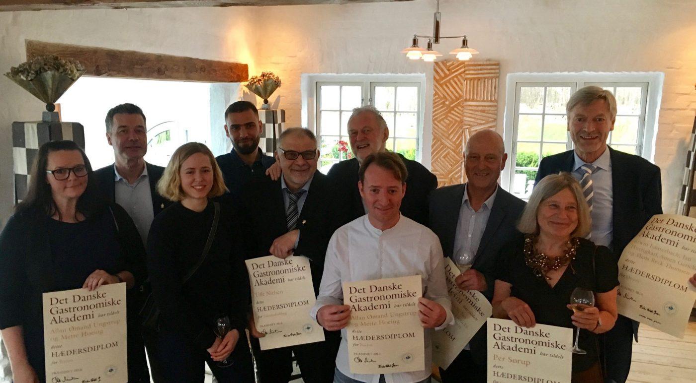 Overrækkelse af Hædersdiplom fra Det Danske Gastronomiske Akademi 2016